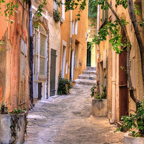 St Tropez Two